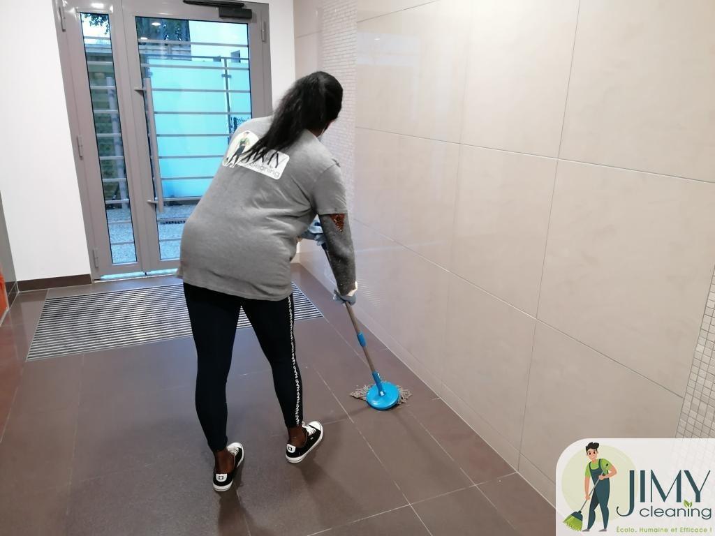 techniciens de surface qualifiés à Paris 8e | Jimy Cleaning